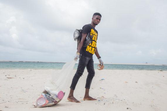 coastal cleanup Photo Credit: Ocean Conservancy/Shine Gabienu. Lagos, Nigeria