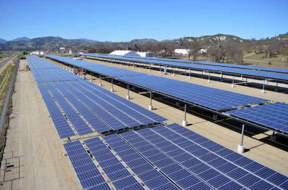 Solar array at Fort Hunter Liggett, California by John R. Prettyman, USACE.