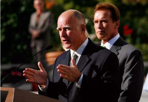 Jerry Brown and Arnold Schwarzenegger promote 100% renewable energy