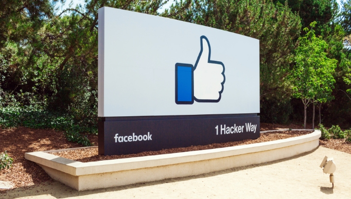 facebook commits to 100% renewable energy by 2020