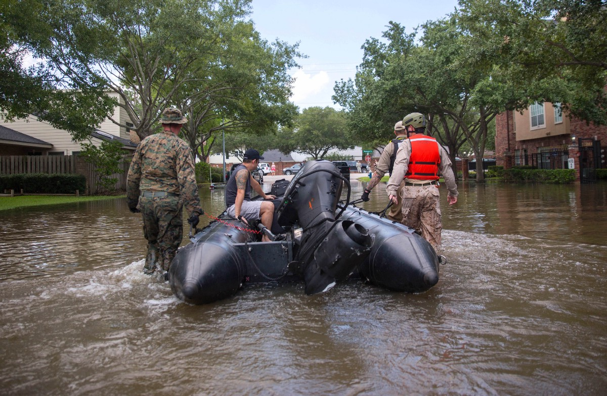 Marines take part in the rescue effort after Hurricane Harvey, August 31, 2017. S