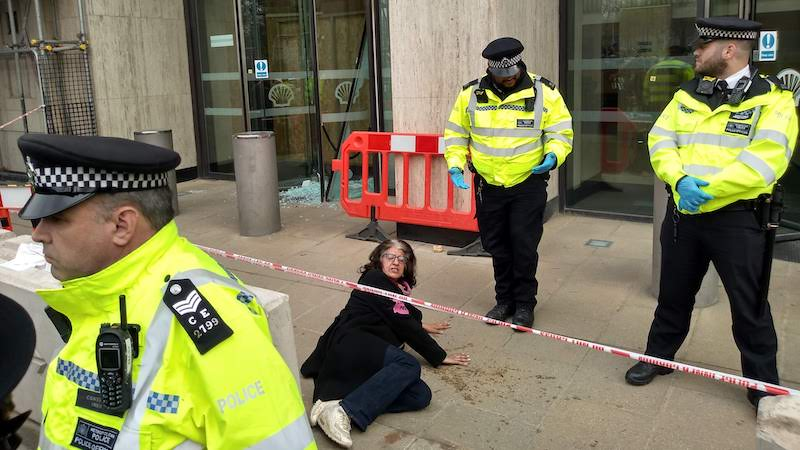 Farhana Yamin glued to the pavement outside Shell's London headquarters on Tuesday (Photo: Karl Mathiesen)