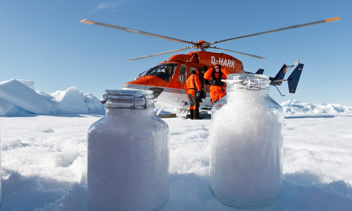 collecting microplastic in snow