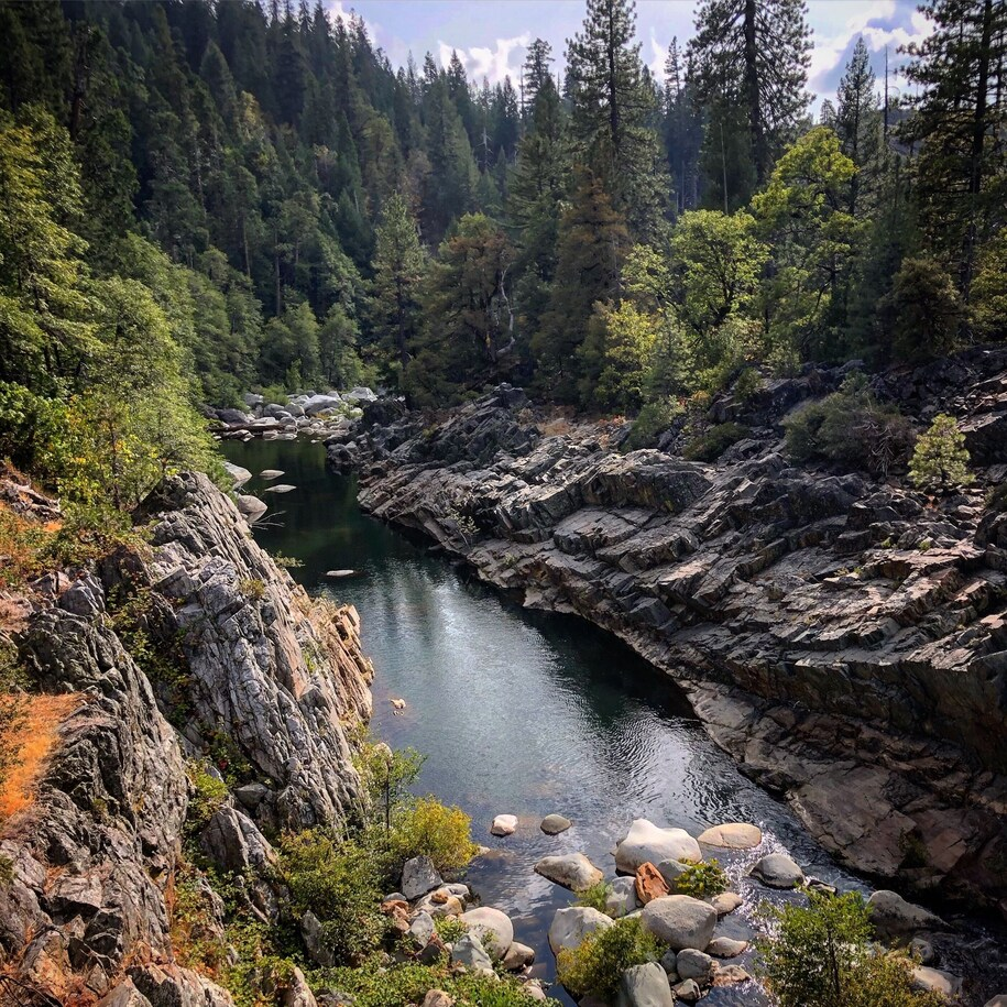 South Yuba River at Lang's Crossing, September 2020. Photo by Daniel Belshe, courtesy of South Yuba River Citizens League (SYRCL).