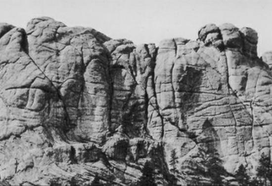 """The Lakota (Sioux) call Mt Rushmore the """"Six Grandfathers (Tȟuŋkášila Šákpe) and """"Cougar Mountain"""" (Igmútȟaŋka Pahá)"""